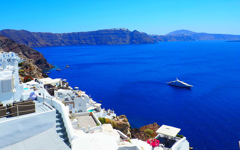 Why and how to register a Yacht in Greece